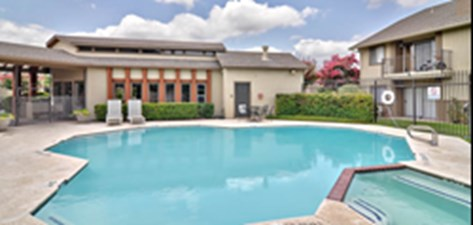 Pool at Listing #140387