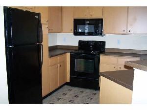 Kitchen at Listing #146619