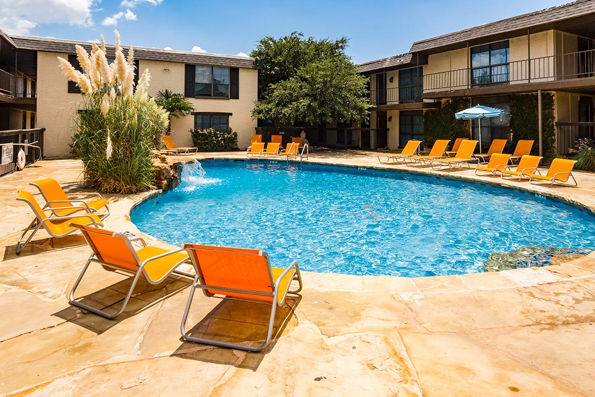 La Vita on Lovers Lane Apartments Dallas TX
