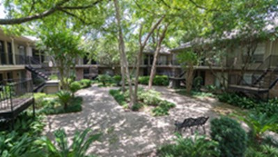 Exterior at Listing #138844