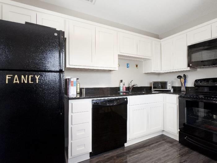Kitchen at Listing #238717