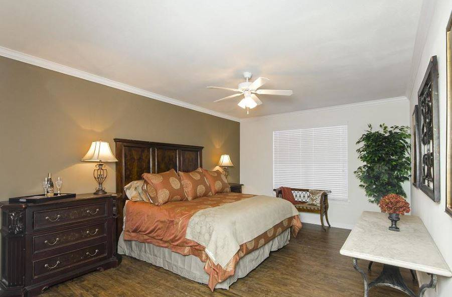 Bedroom at Listing #144807