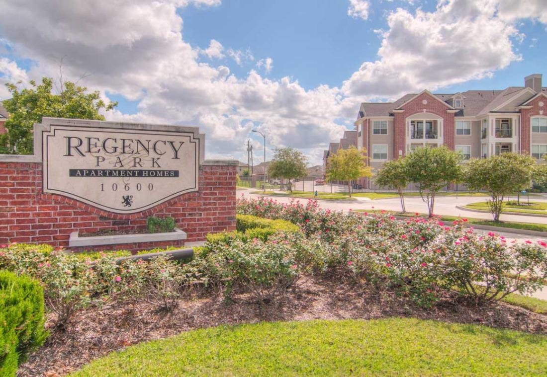 Regency Park Apartments Houston TX
