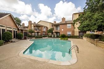 Pool at Listing #139515