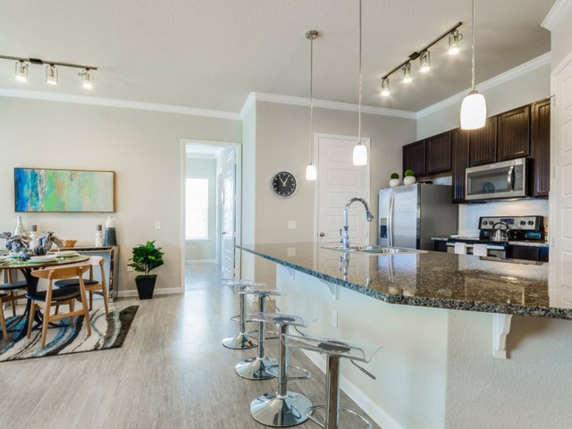 Dining/Kitchen at Listing #289249