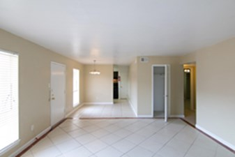 Living/Dining at Listing #144451