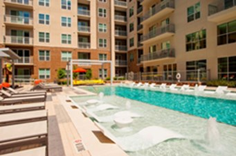 Pool at Listing #259754