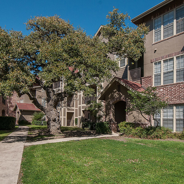 Sonterra Heights Apartments San Antonio TX