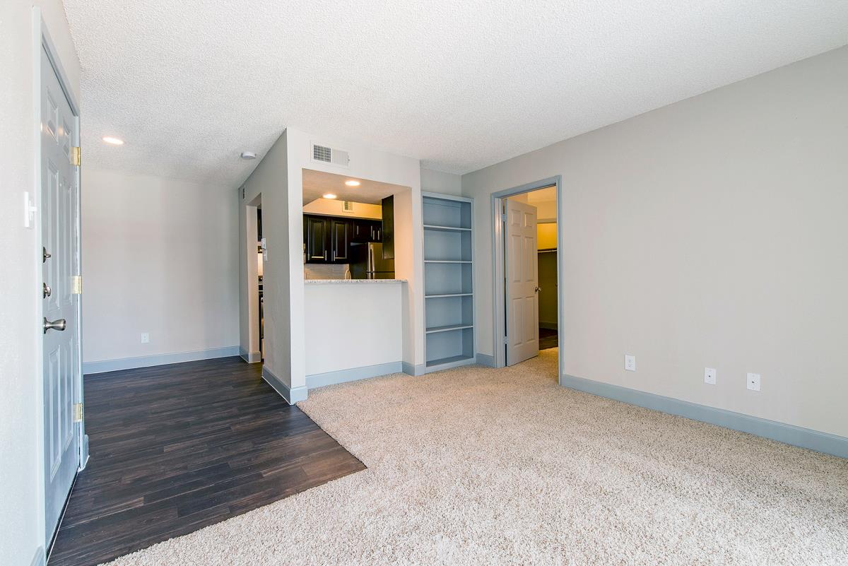 Living at Listing #138309
