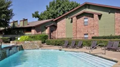 Pool at Listing #137329