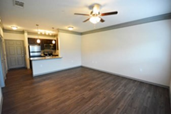 Living at Listing #256374