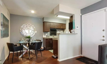 Dining/Kitchen at Listing #138587