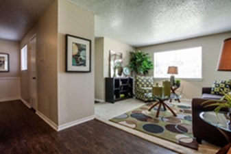 Living at Listing #136986