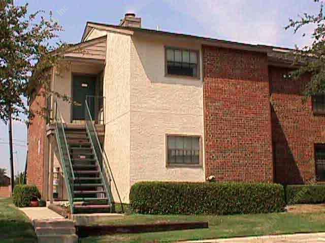 Trinity Crossing Apartments Carrollton TX