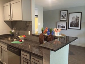 Dining/Kitchen at Listing #140220