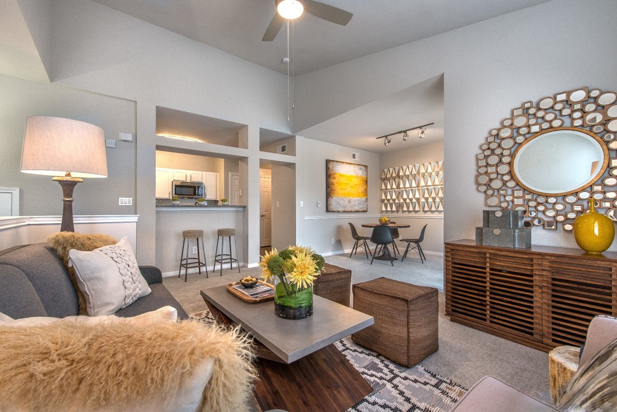 Living Area at Listing #137675