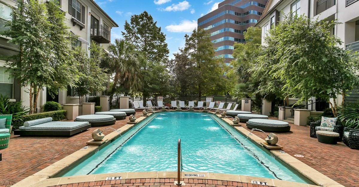 Pool at Listing #135709