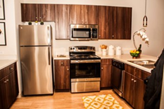 Kitchen at Listing #276939