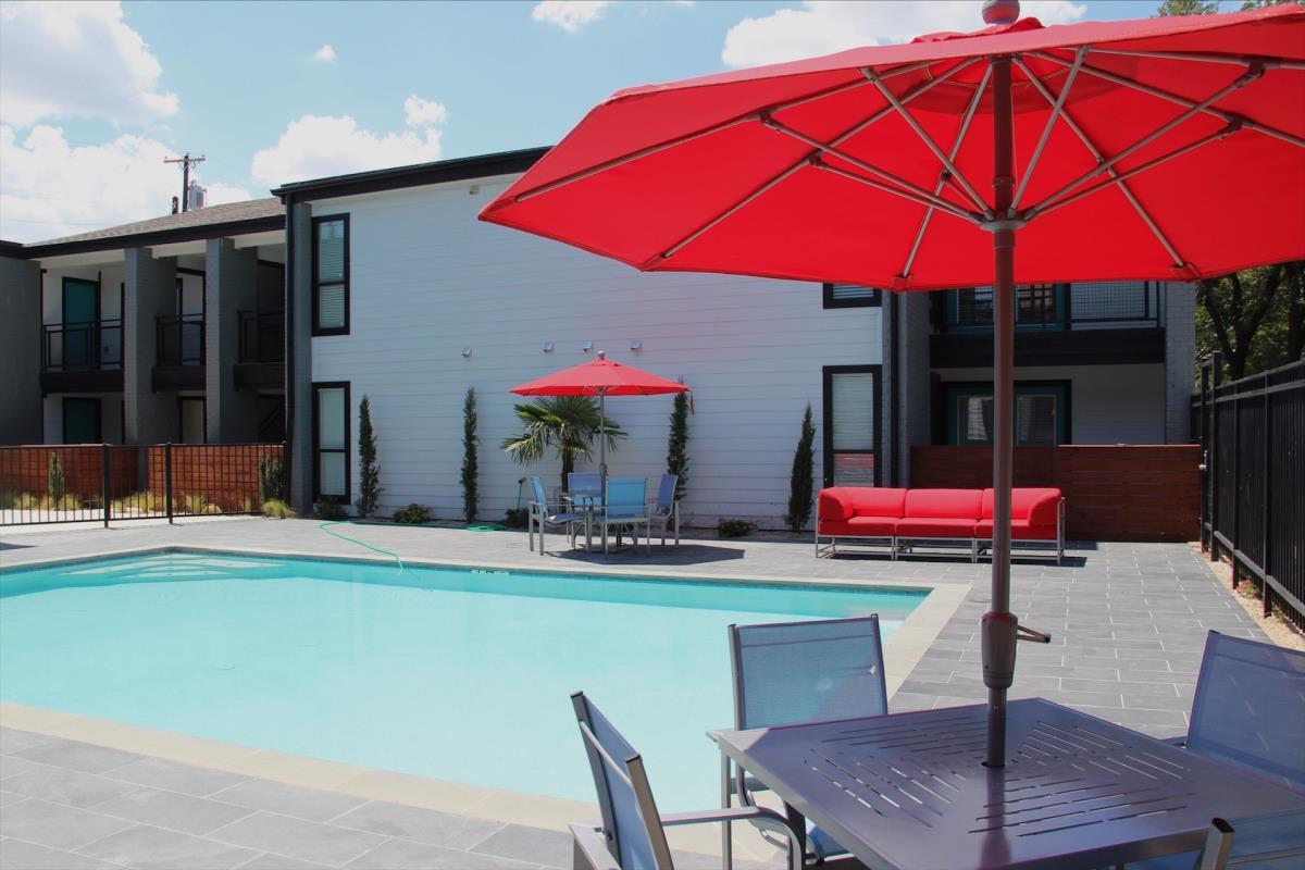 Pool at Listing #137934