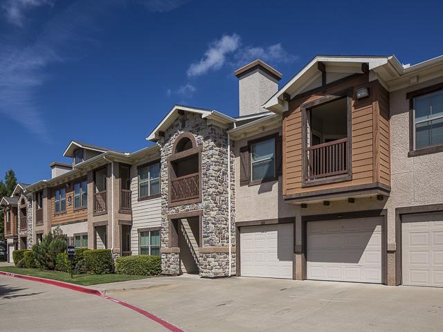 Rock Ridge Apartments Arlington TX