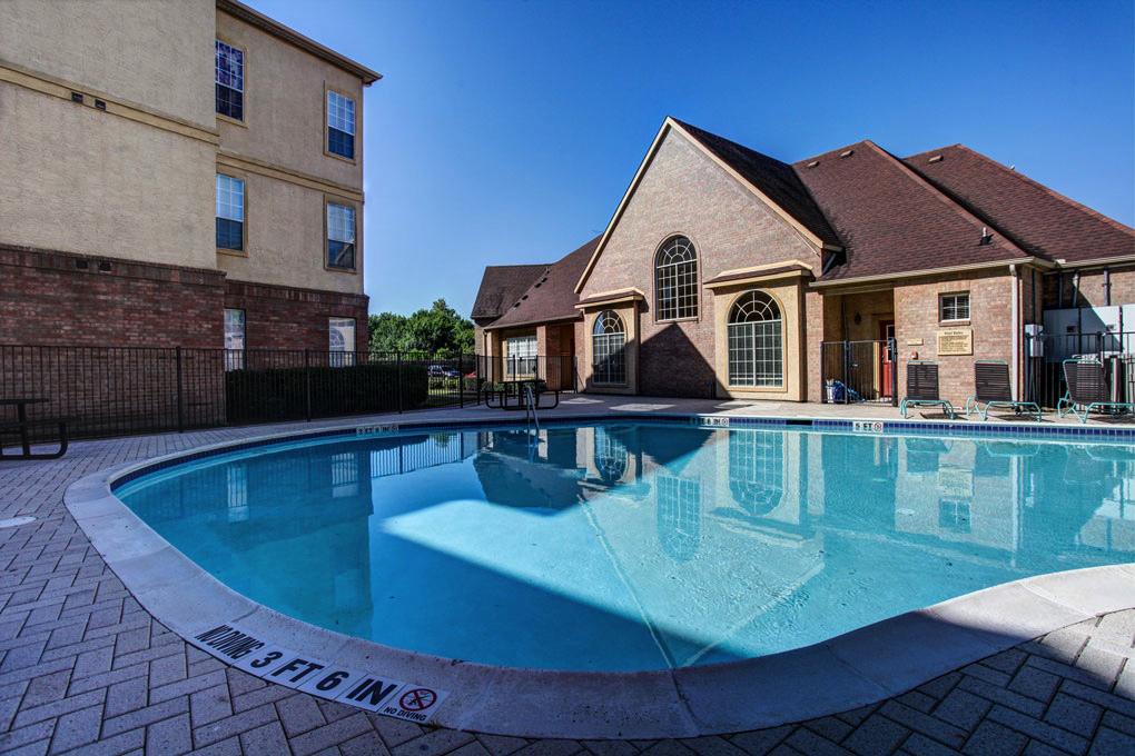 Pool at Listing #144506