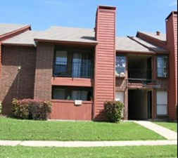 Exterior at Listing #135771