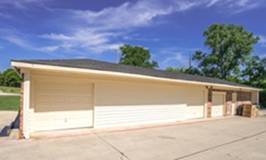 Exterior at Listing #137508