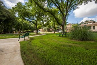 Picnic Area at Listing #141293