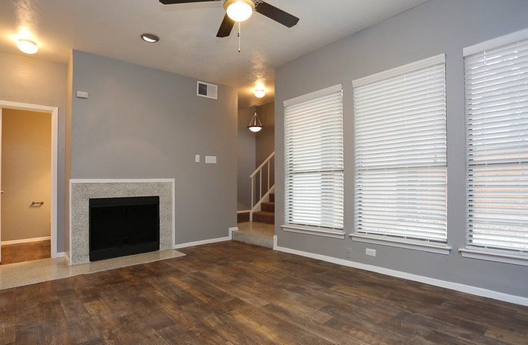 Living at Listing #136726