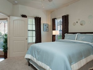 Bedroom at Listing #155269