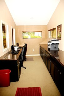 Business Center at Listing #135681