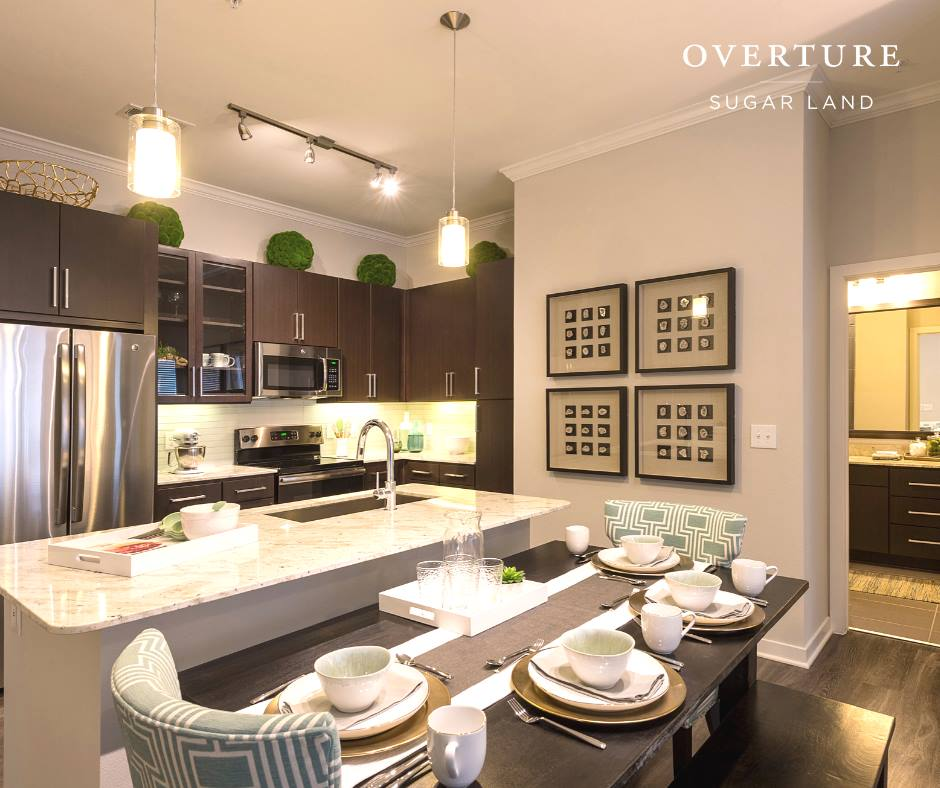 Dining/Kitchen at Listing #279813