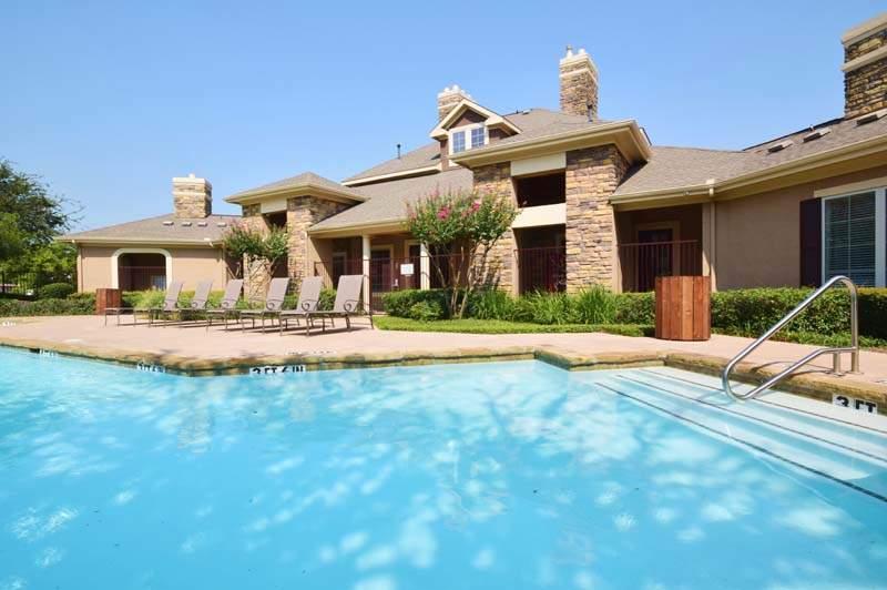 Pool at Listing #144504