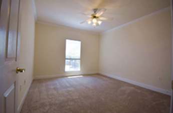 Bedroom at Listing #147792