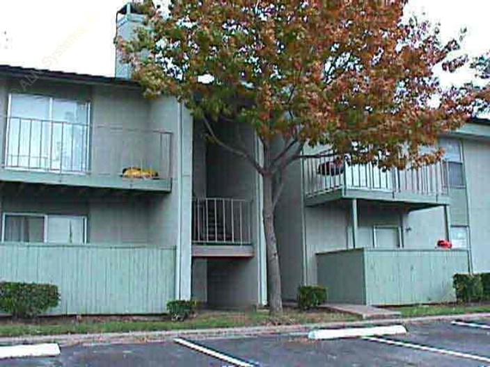 Whisper Creek Phase I Apartments
