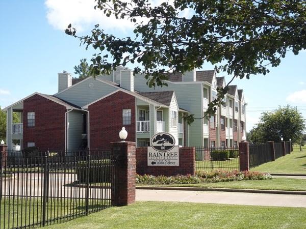 Raintree Apartments Lake Jackson TX