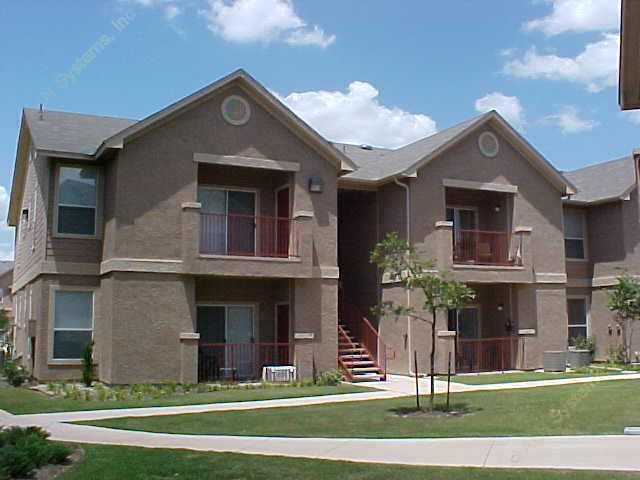 Exterior 2 at Listing #141456
