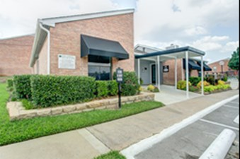 Hillcrest Apartments Euless 666 For 1 Amp 2 Bed Apts