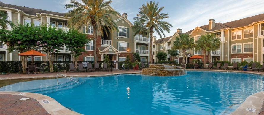 Pool at Listing #140125
