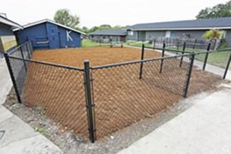 Dog Park at Listing #140948