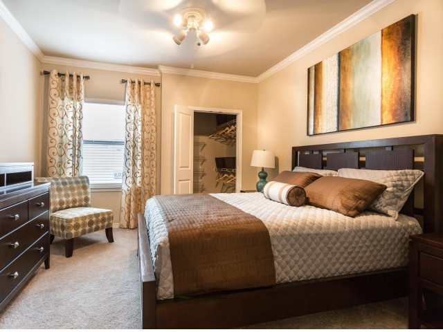 Bedroom at Listing #151501