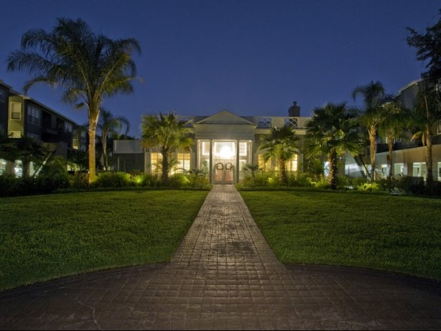 Exterior at Listing #138297