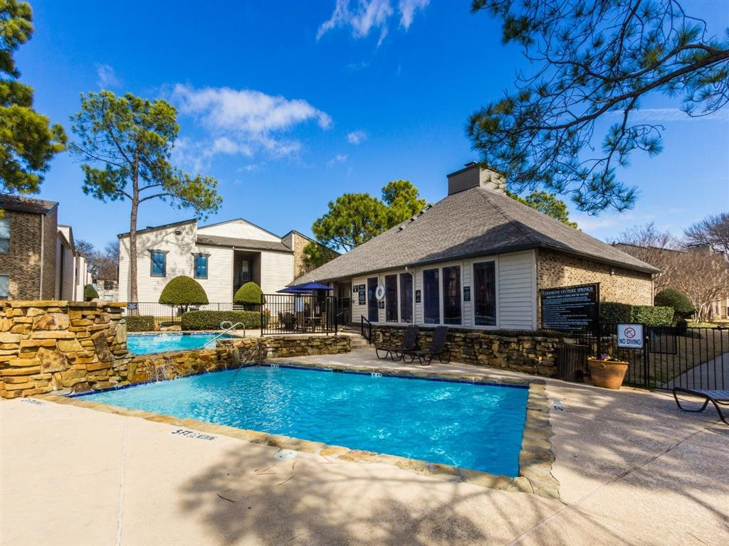 Pool at Listing #136755