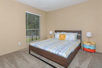 Bedroom at Listing #138622