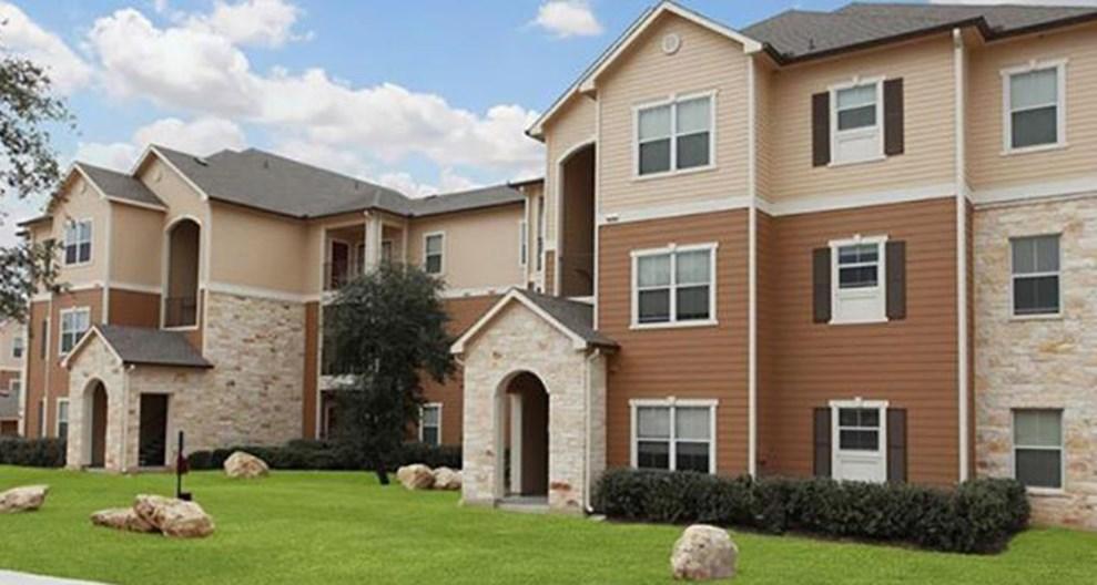 West Oaks Apartments