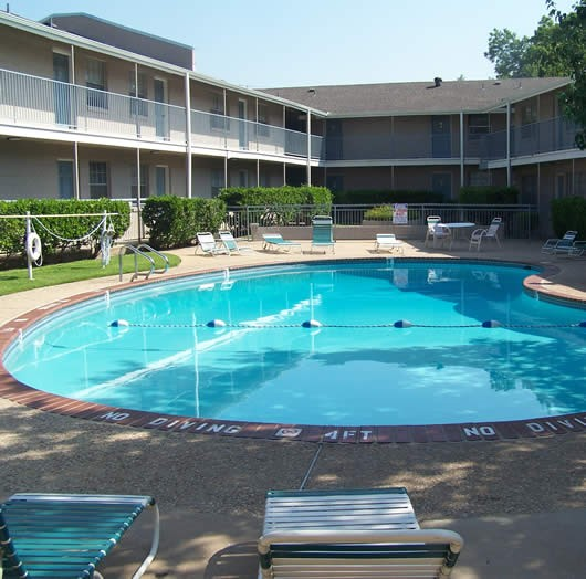 Pool at Listing #140379
