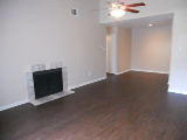 Living at Listing #136534
