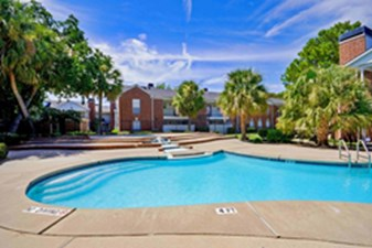 Pool at Listing #138632