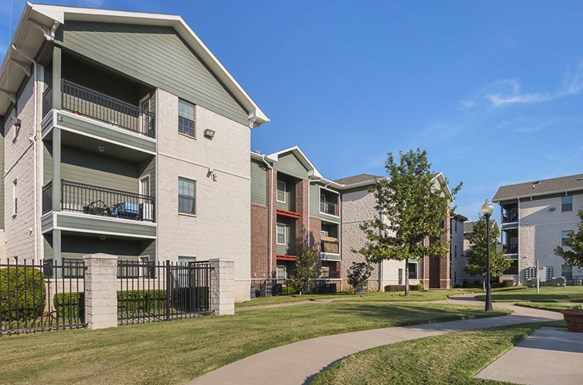 Oak Timbers Apartments