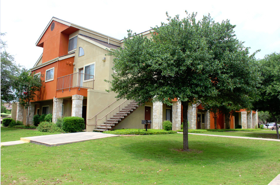 Maverick Creek Villas Apartments San Antonio TX